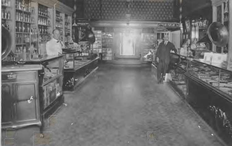 Vintage Grocery story